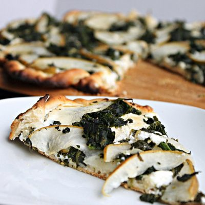 Chevre, Pear, & Spinach Pizza