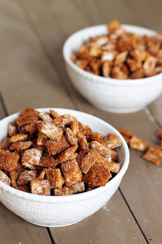 Cinnamon Puppy Chow #recipe #puppychow #cinnamon #snack
