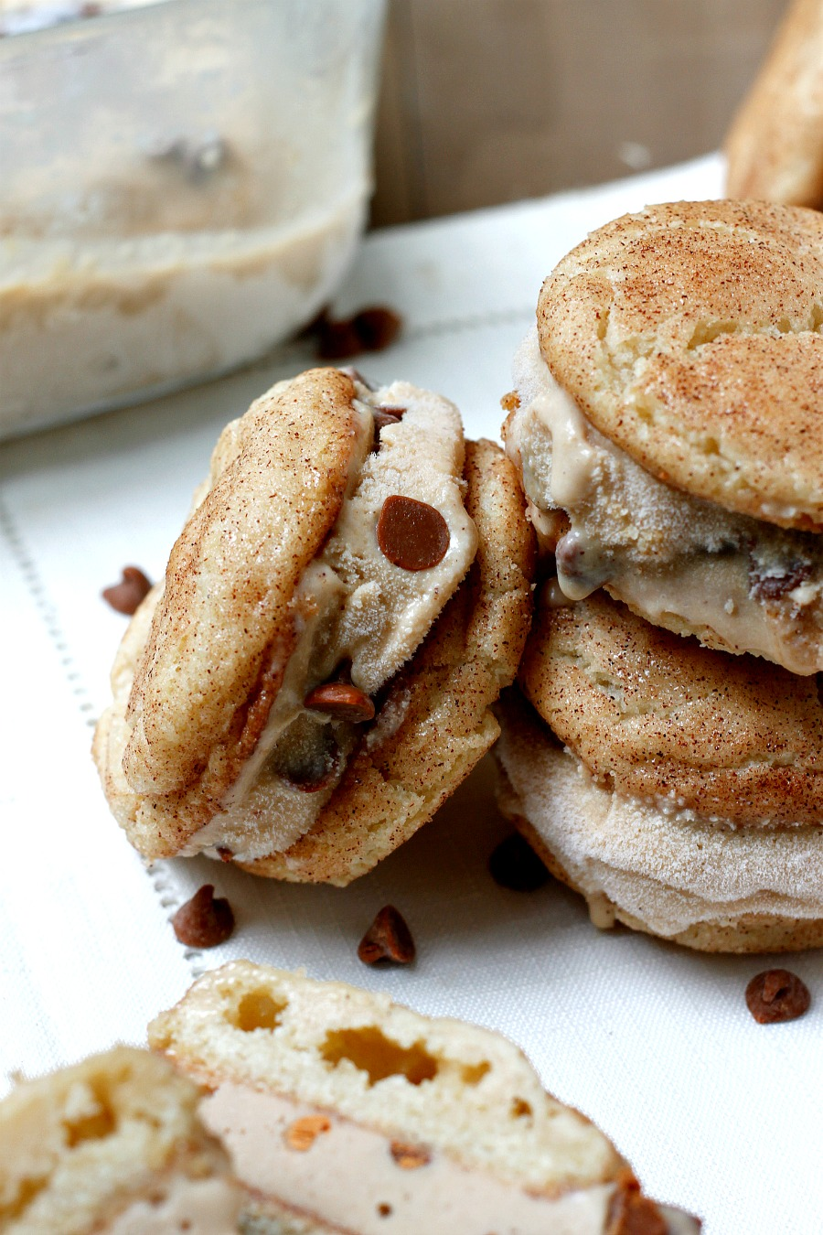 belle vie - Snickerdoodle Biscoff Ice Cream Sandwiches - belle vie
