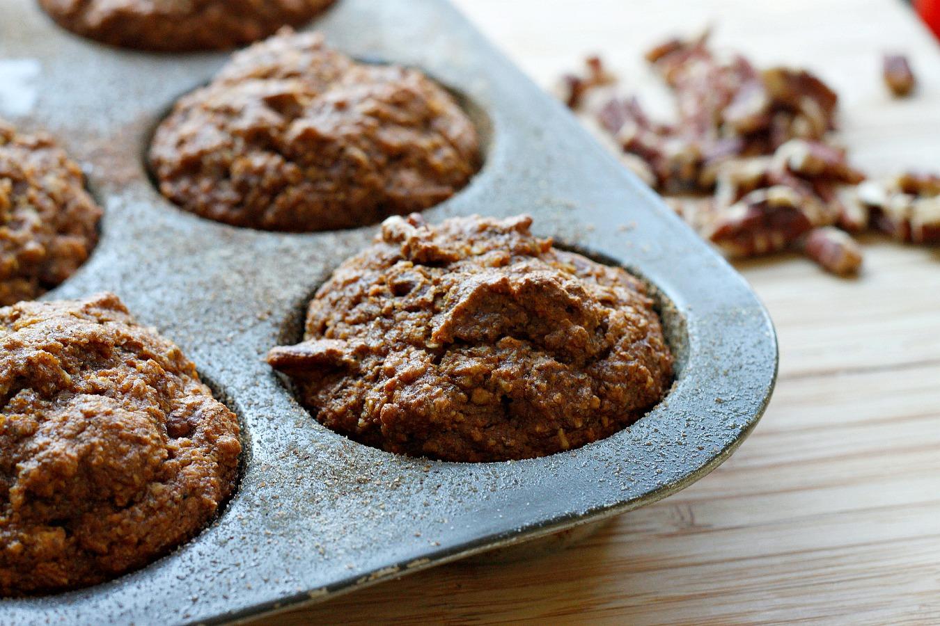 Whole Wheat Flax Bran Pumpkin Muffins | Fabtastic Eats