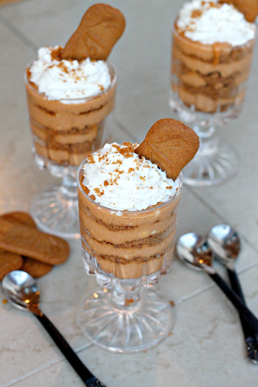 No-Bake Pumpkin Cheesecake Biscoff Cookie Parfait | Fabtastic Eats