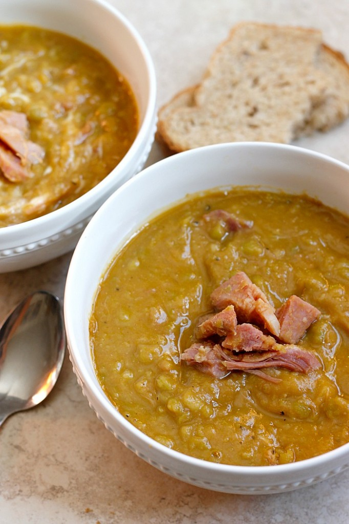Momma's Split Pea and Ham Soup | Fabtastic Eats