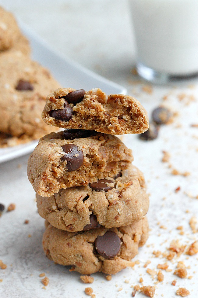 Coconut, Almond Butter, Mascarpone Chocolate Chip Cookies | Fabtastic ...