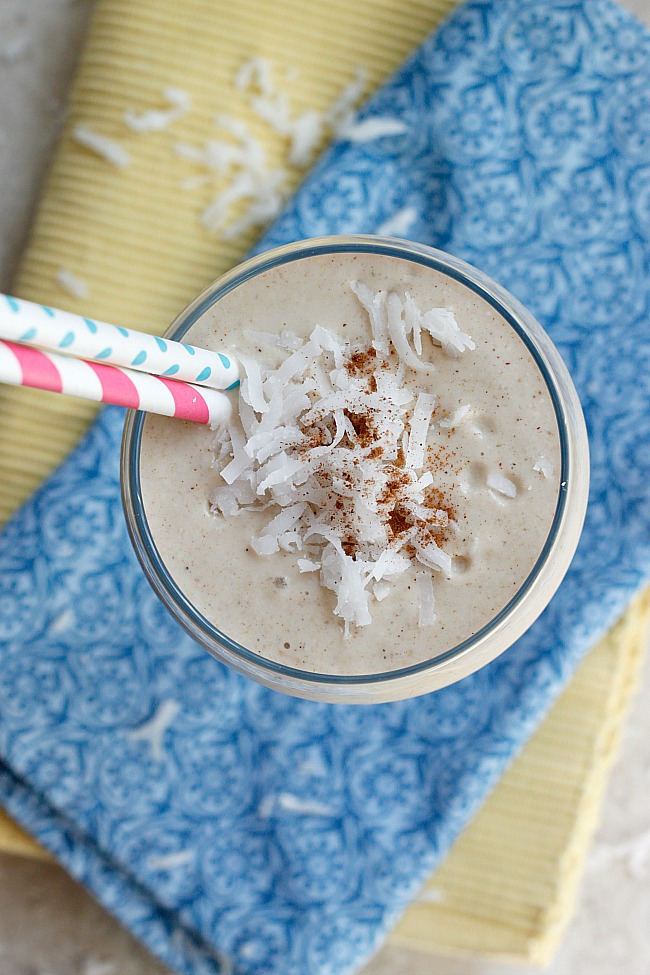 Tropical Coconut Oatmeal Smoothie | Fabtastic Eats