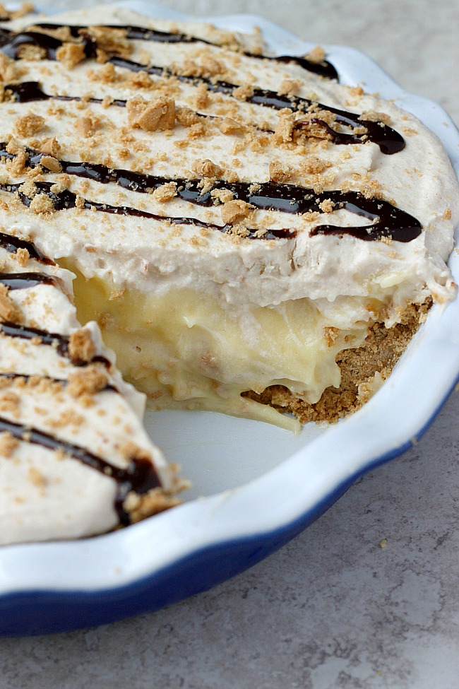 Peanut Butter Banana Cream Pie | Fabtastic Eats