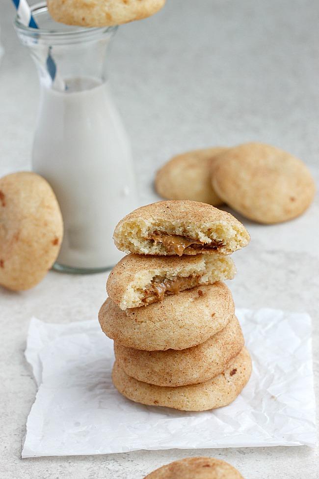 belle vie - Biscoff Stuffed Vanilla Bean Snickerdoodles - belle vie