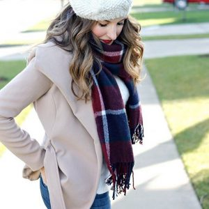 this cute amp cozy winter look is ontheblog today! Ihellip