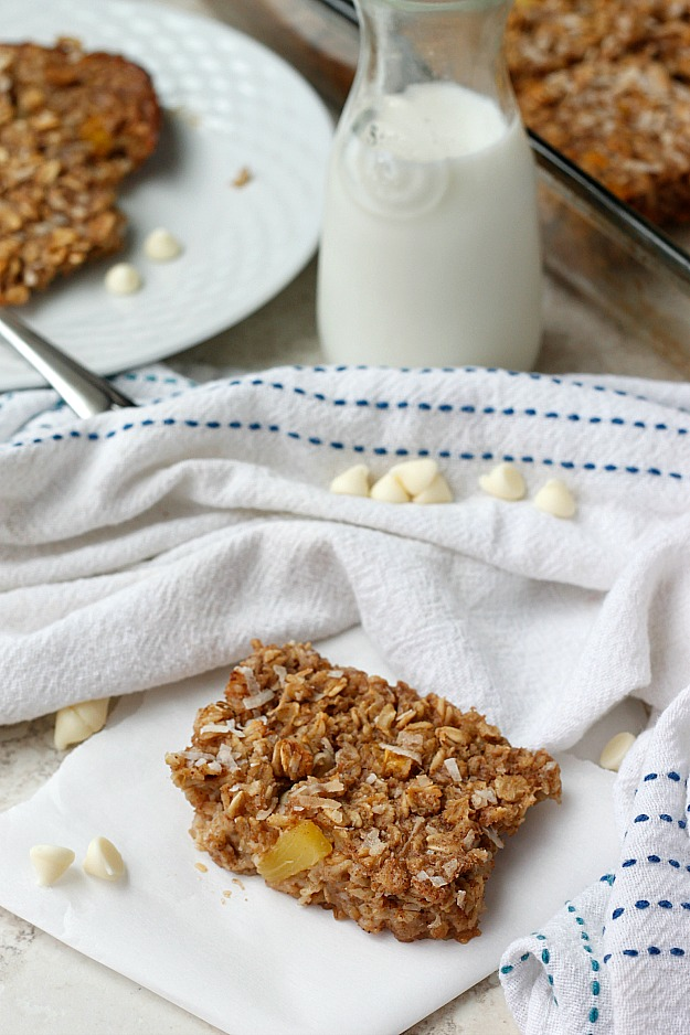 Tropical Oatmeal Breakfast Bake | Fabtastic Eats
