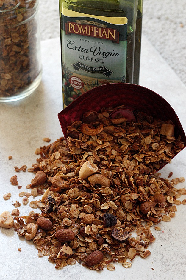 Nutty Fig Granola | Fabtastic Eats