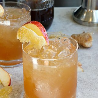 Apple Ginger Smash | Fabtastic Eats