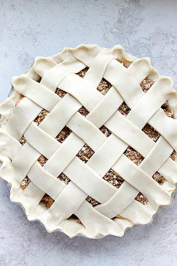 Apple Crisp-Apple Pie   Fabtastic Eats