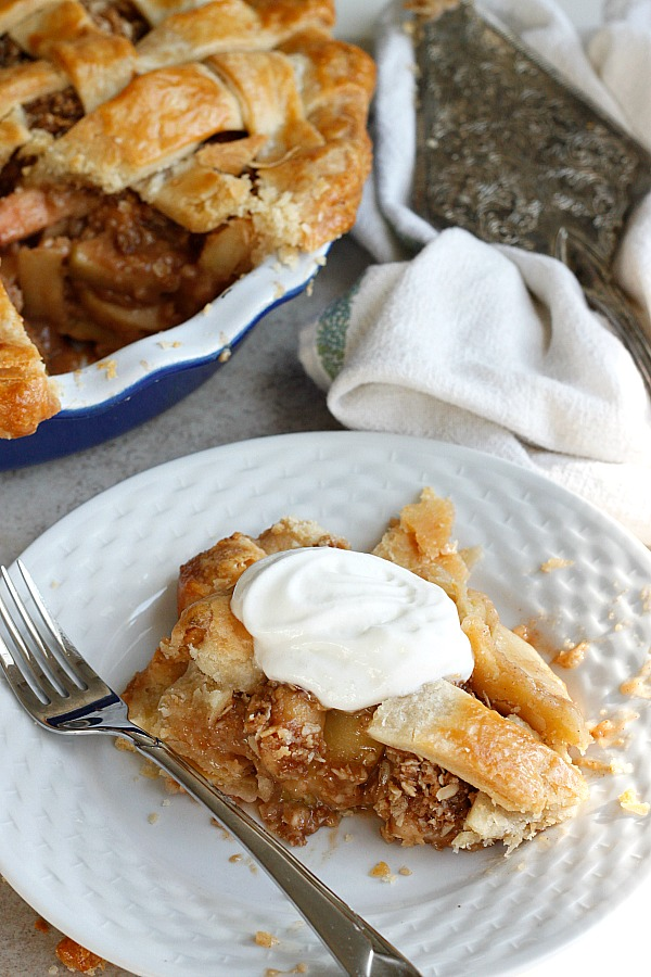 Apple Crisp-Apple Pie | Fabtastic Eats
