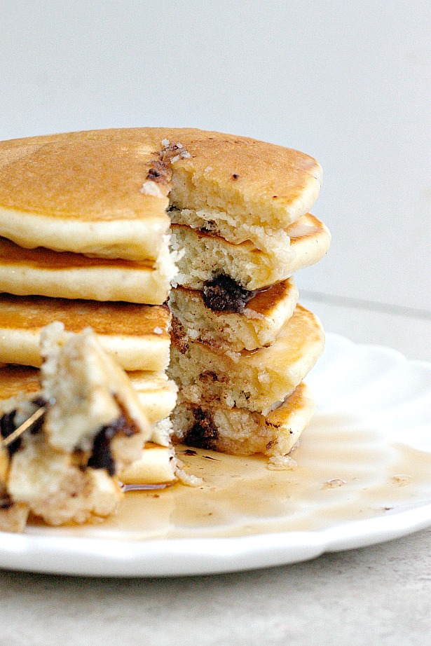 5 Minute Extra Fluffy Pancakes | Fabtastic Eats