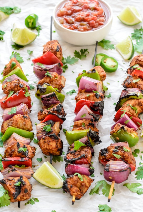 The-best-summer-grilling-recipe-Fajita-Chicken-Kebabs-600x888