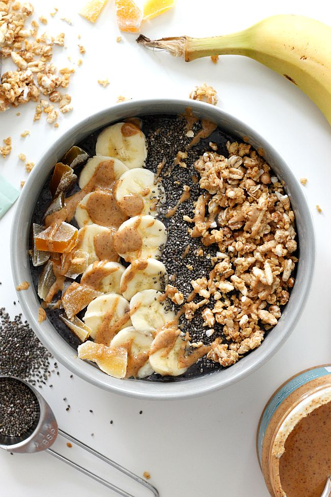 Superfoods Smoothie Bowl | Fabtastic Eats
