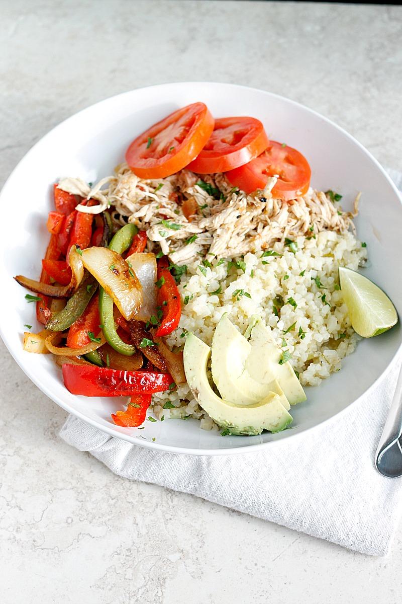 Chicken Fajita Bowls (gluten-free, paleo) | Belle Vie