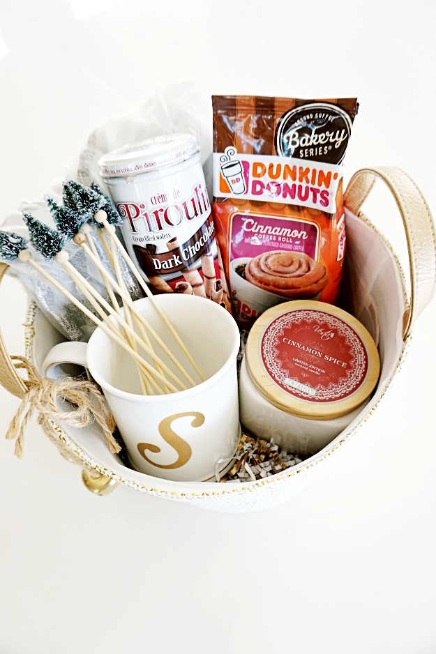 A coffee gift basket is an easy and fun gift that fits so many this holiday season! From teachers to neighbors, this gift basket will be loved and appreciated by everyone!