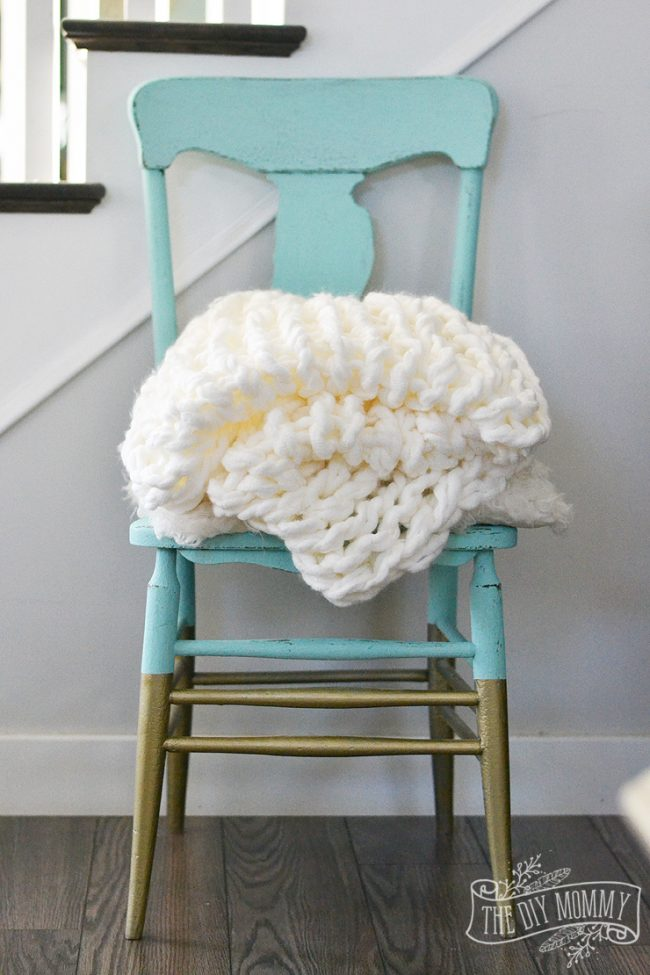 how-to-make-an-arm-knit-blanket-3